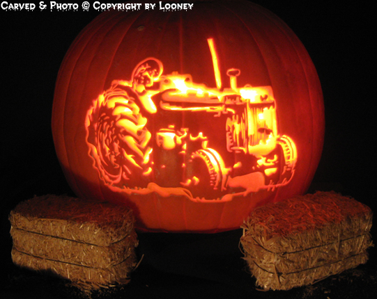 Tractors In Custom Looney Custom Carved Pumpkins Amp Magic